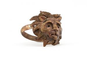 Victorian Lion Ring Bronze